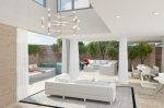 Villa double height living space - Low