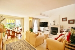 Beachfront Townhouse for sale Estepona Spain (8) (Large)