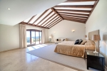 23 Master bedroom suite