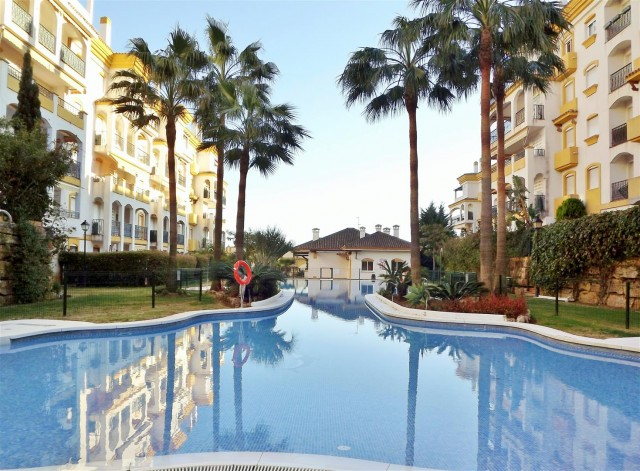A5252 Apartment Golden Mile Marbella (11) (Large)